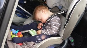 Barnehage er slitsomt for en liten gutt.