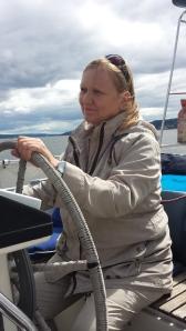 Mamma. bak roret på Delfini